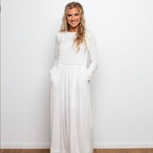 Called to Surf Longfellow White Maxi Dress Size M